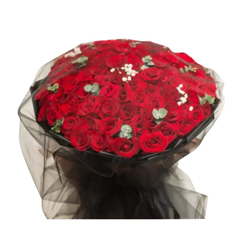 Full love浓情鲜花系列99枝黑纱红玫瑰+尤加利叶满天星