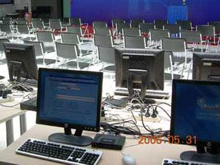 公司从2006年采购了一批L110云电脑,用在软件培训室。现在准备升级到RX300云电脑